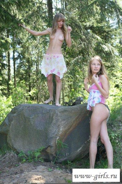 Уикенд с сладкими сестрами - фото голых близняшек
