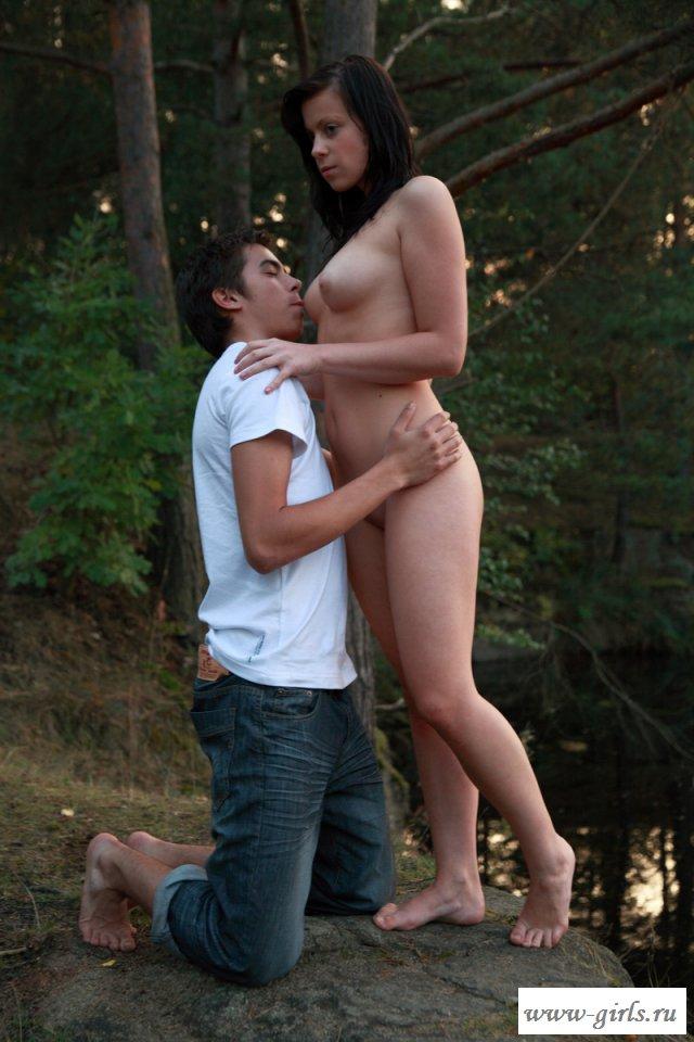 Устроил на природе порно с натуристкой